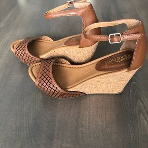 Size 7 Kenneth Cole Reaction cork wedges